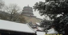 雪后佛香阁图片