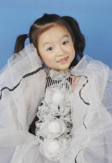 最漂亮美丽的小姑娘 最美丽的小姑娘 儿童幼儿 人物图库 摄影 300DPI JPG图片