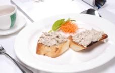 法式面包配吞拿鱼酱图片