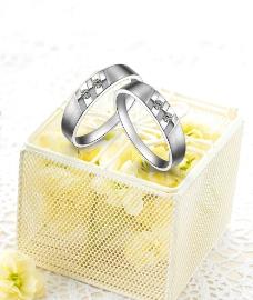花瓣 黄色 珠宝 戒指图片