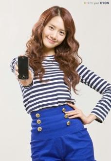 手机代言YoonA图片