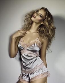 女性内衣图片